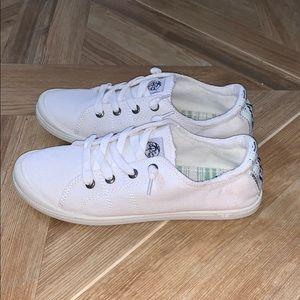 White slip on sneakers